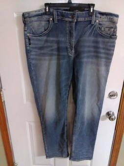 SILVER JEANS CO. Men's~ GRAYSON Jeans. Easy Fit ~ Straight L