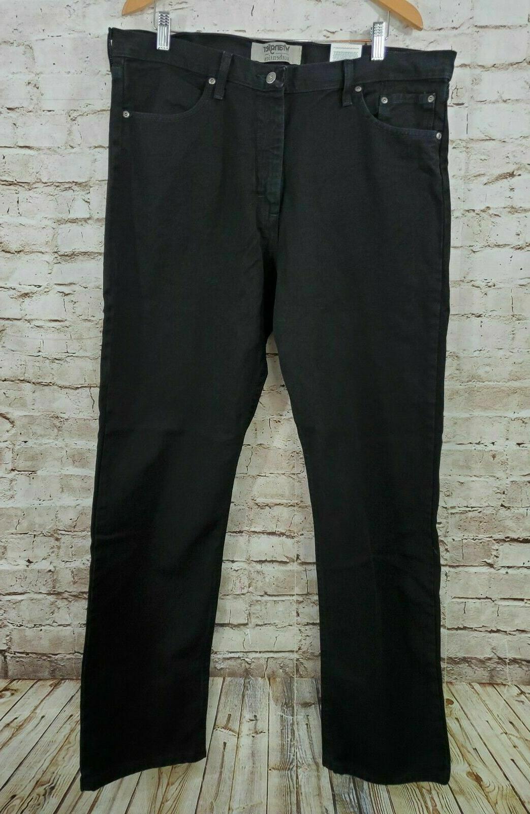 Wrangler Authentics Men's Classic 5-Pocket Relaxed Fit Flex