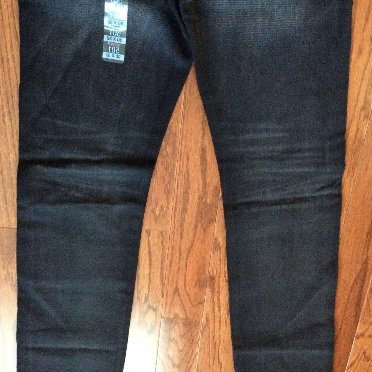 Levi's 32X34 Jeans Fit Straight Leg Button