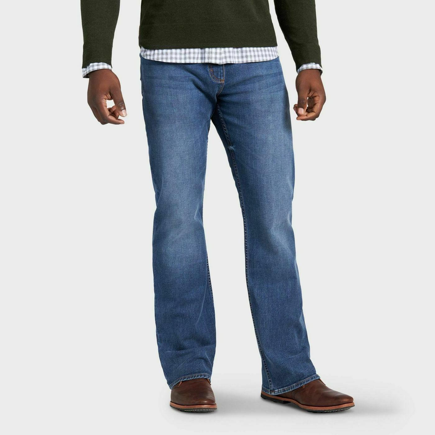 Wrangler Men's Relaxed Bootcut Jeans Blue Work Casual Denim