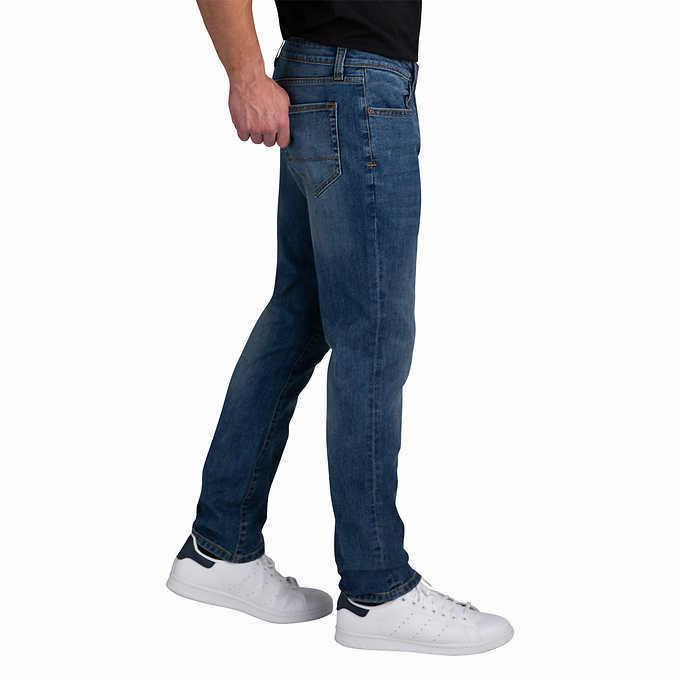 IZOD Men?s Stretch Jeans