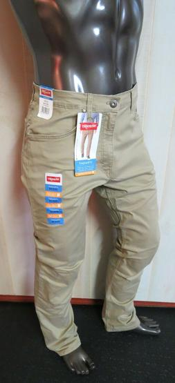 Men Jeans Wrangler 34X34 Straight Fit Stretch NWT Back to Sc