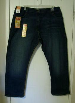 Wrangler Men's Blue Jeans - Relaxed Fit - Straight Leg - 4-W
