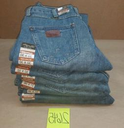 Men's Wrangler Retro Relaxed Fit Mid Rise Boot Cut Jeans Sz