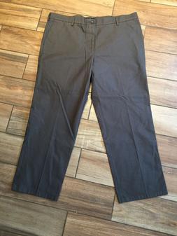 Dockers Men's Straight Fit Signature Khaki Pant D2, Gray, 40