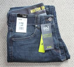 NWT Lee Extreme Motion MEN'S JEANS • Medium Wash Slim Stra
