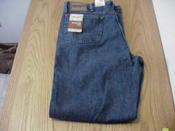 NWT MEN'S 42x34 RELAXED FIT RUGGED WEAR WRANGLER JEANS