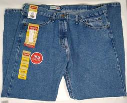 NWT Men's Wrangler Relaxed Fit Jean Size 36 x 29